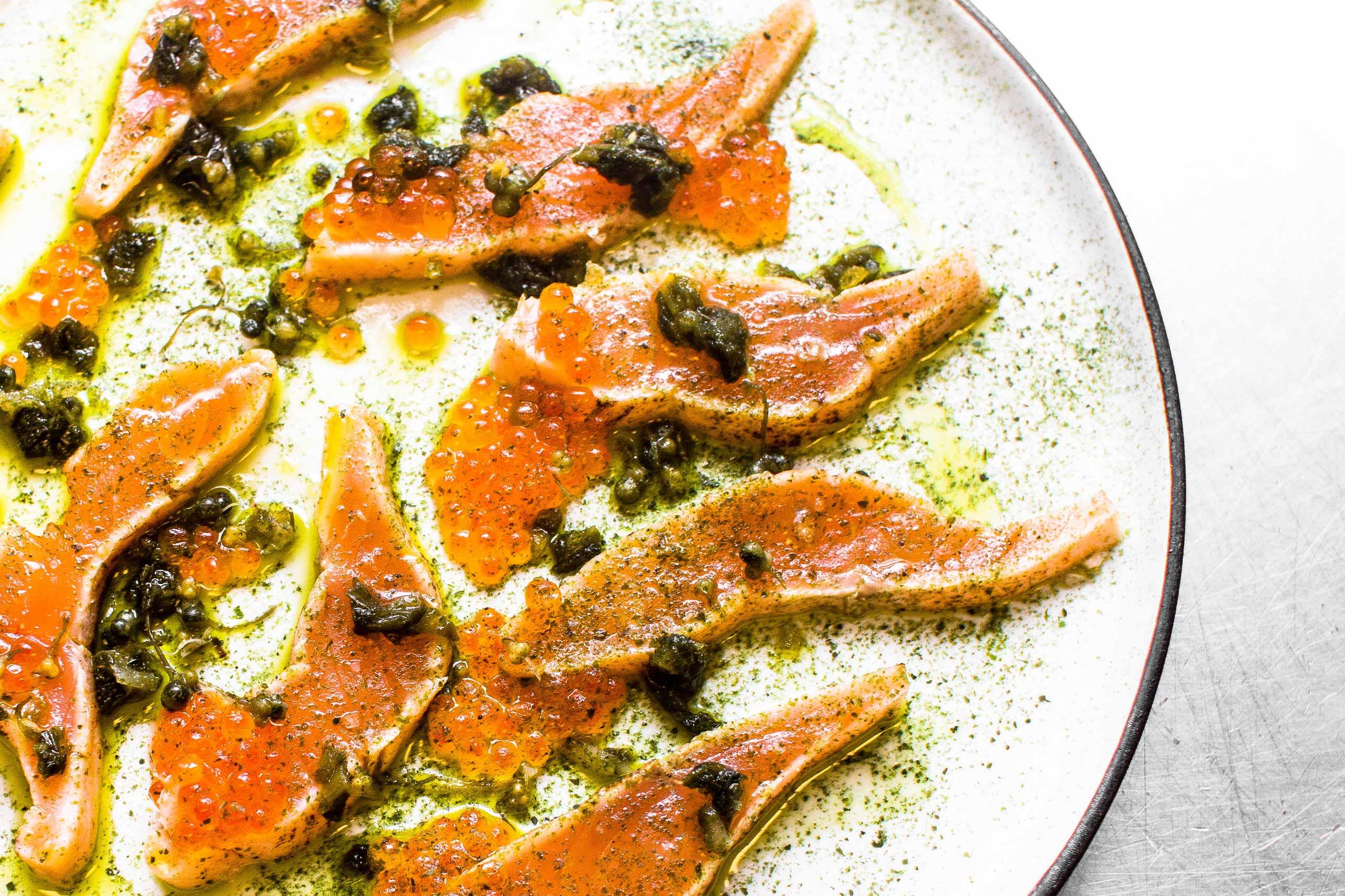 Bæredygtig fisk til bryllup og meget mere hos os eller som catering fra Puglisi Events. Billede af: Rachel Jones.