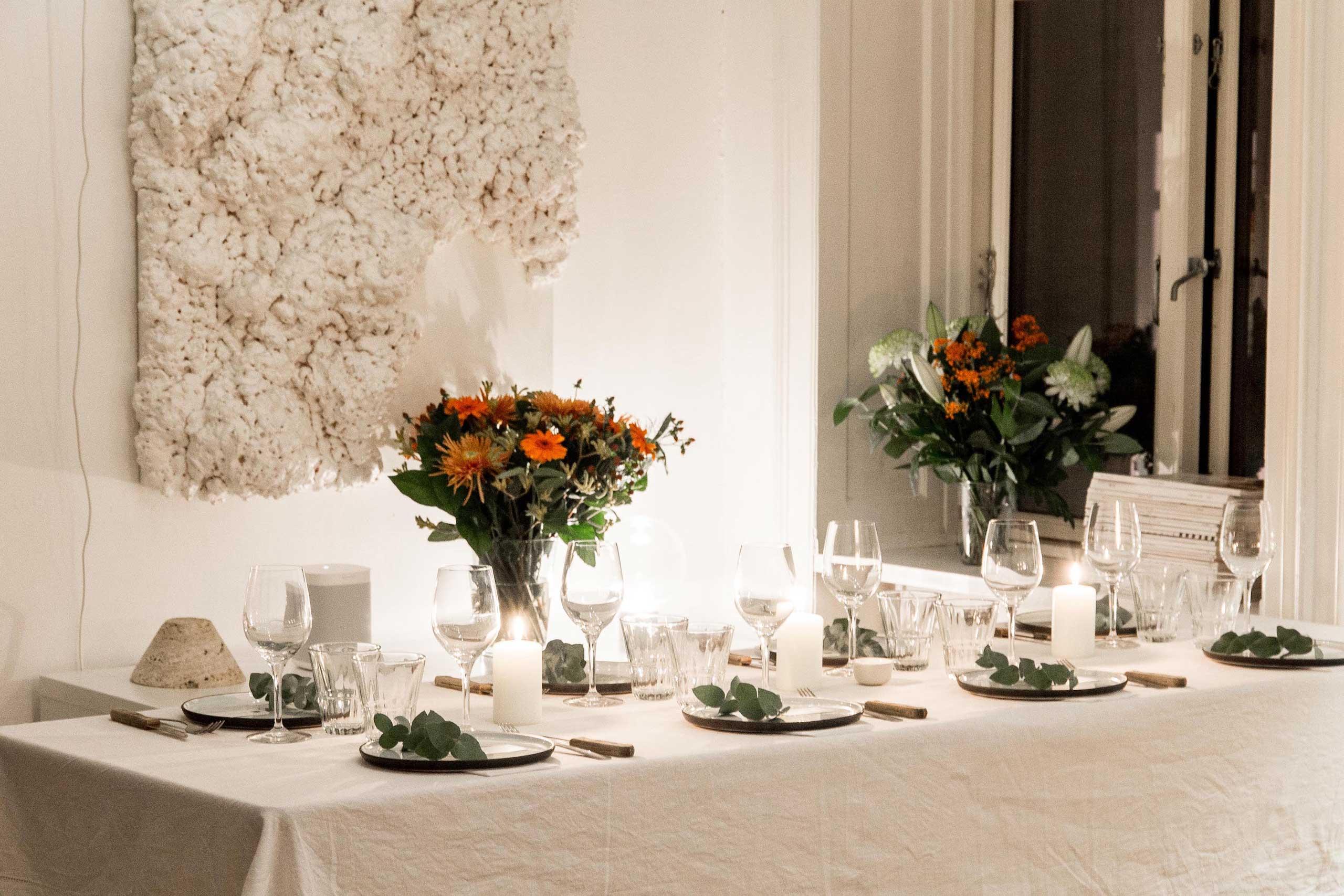 Flot servering til bryllup og meget mere hos os eller som catering fra Puglisi Events. Billede af: Rachel Jones.