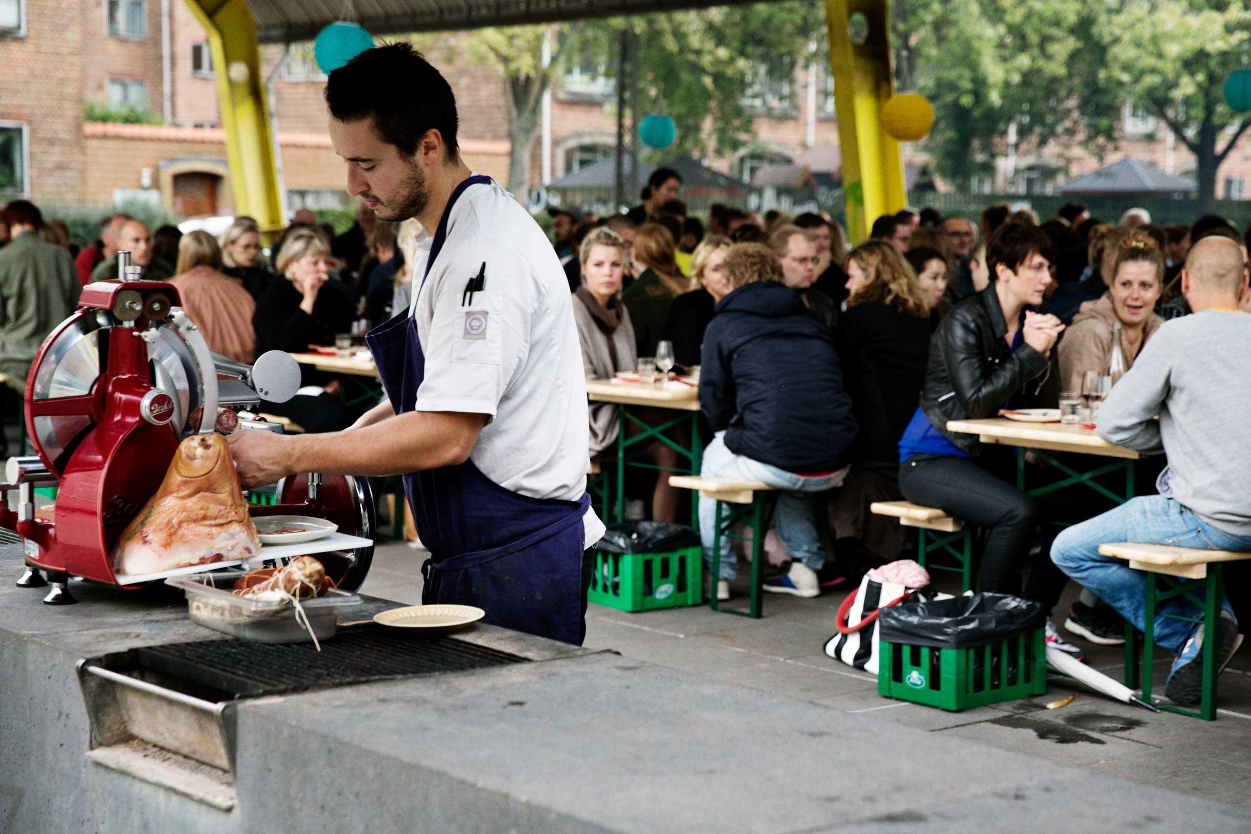 Økologisk mad og vin til firmafest, studentergilde og meget mere hos os eller som catering fra Puglisi Events.