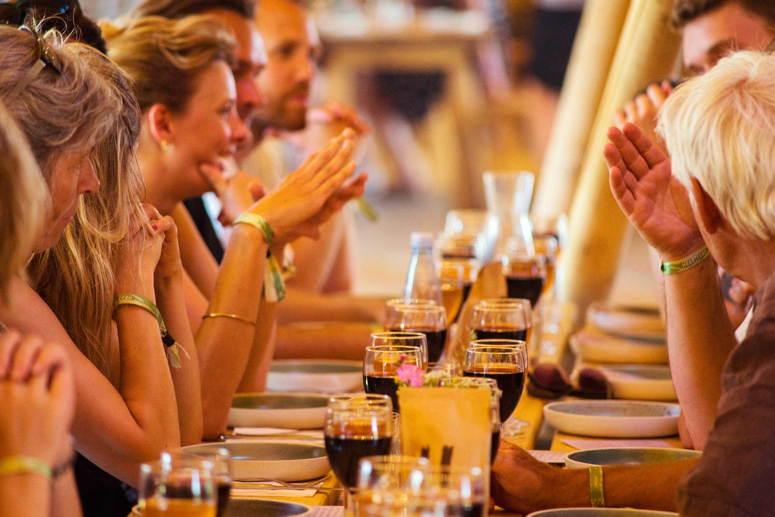 Økologisk mad og vin fra jord til bord hos os eller som catering til konfirmation, barnedåb og meget mere fra Puglisi Events. Billede af: Niklas Vindelev.