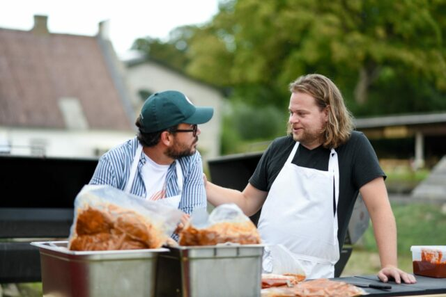 Magnus Nilsson and Christian F. Puglisi Make Pork Chop With Strawbe-bushi