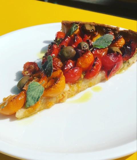 Recipe: Pie with cherry tomatoes